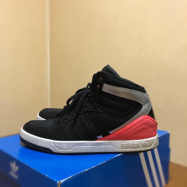 adidas(アディダス)のadidasスニーカー レディースの靴/シューズ(スニーカー)の商品写真