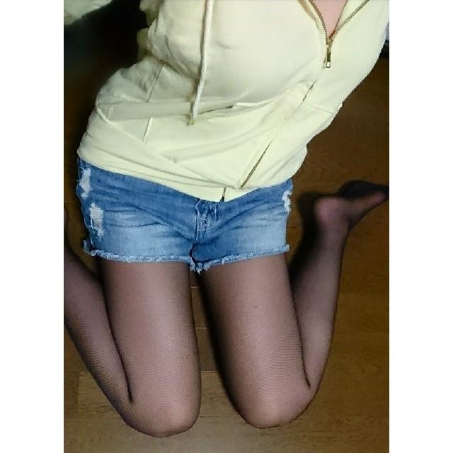 ダメージ加工 デニム ショートパンツ    ショーパン レディースのパンツ(ショートパンツ)の商品写真