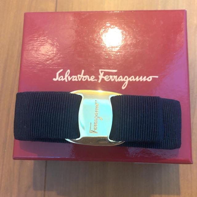 Salvatore Ferragamo(サルヴァトーレフェラガモ)のフェラガモ  バレッタ レディースのヘアアクセサリー(バレッタ/ヘアクリップ)の商品写真