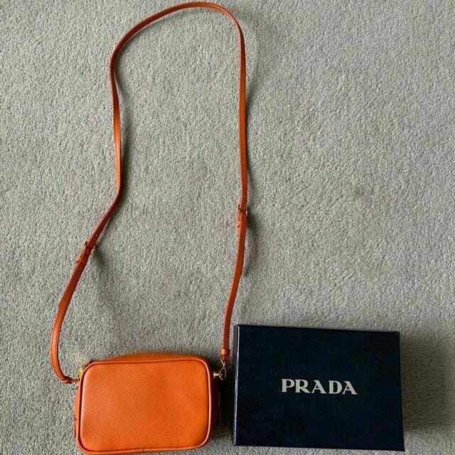 PRADA(プラダ)のプラダ ミニポシェット レディースのバッグ(ショルダーバッグ)の商品写真