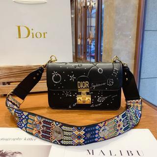 Dior - DIOR ショルダーバッグ 斜めがけ レディース 大容量