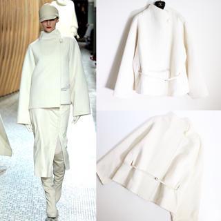 Hermes - 美品 Hermes エルメス コレクション着用 ホワイト コート ジャケット