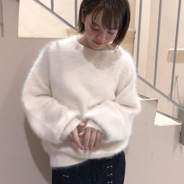 snidel(スナイデル)のスナイデル ファーパイルジャガードニット 白ニット レディースのトップス(ニット/セーター)の商品写真