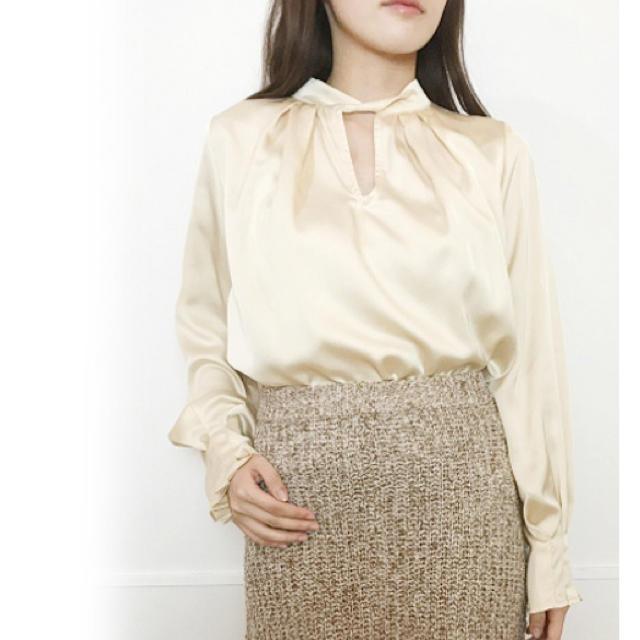 Lily Brown(リリーブラウン)のフロントデザインブラウス リリーブラウン  レディースのトップス(シャツ/ブラウス(長袖/七分))の商品写真