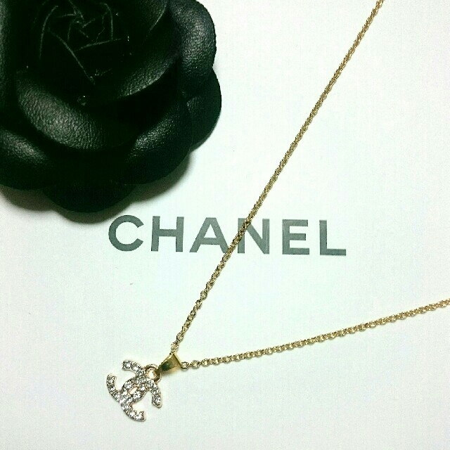 CHANEL(シャネル)のCHANEL ノベルティネックレス レディースのアクセサリー(ネックレス)の商品写真