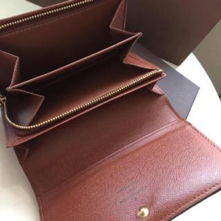 LOUIS VUITTON - 美品です 正規品ルイヴィトンL字ファスナー 折財布
