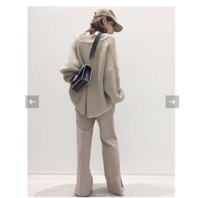 L'Appartement DEUXIEME CLASSE(アパルトモンドゥーズィエムクラス)のアパルトモン♦︎別注TWINS FLORENCEV/N OversizeKnit レディースのトップス(ニット/セーター)の商品写真