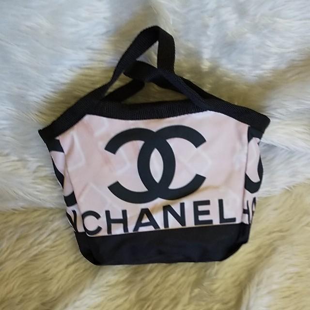 CHANEL(シャネル)のランチバック レディースのバッグ(トートバッグ)の商品写真