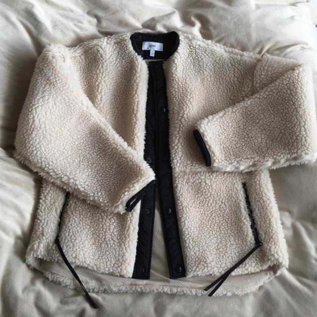 HYKE(ハイク)のHYKEハイク☆美品完売ボアショートジャケット1ホワイトgreenroku6 レディースのジャケット/アウター(ブルゾン)の商品写真