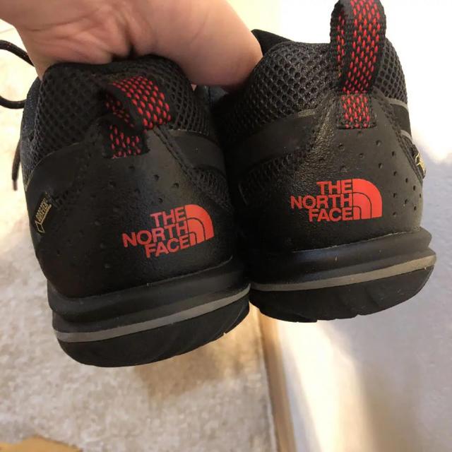 THE NORTH FACE(ザノースフェイス)の美品 ノースフェイス トレッキングシューズ メンズの靴/シューズ(スニーカー)の商品写真