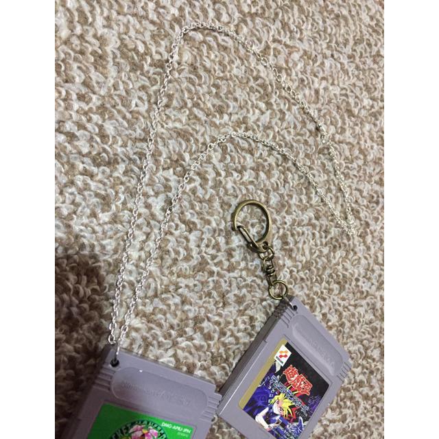 GAMEBOY ネックレス アクセ 遊戯王 ポケモン マリオ エンタメ/ホビーのゲームソフト/ゲーム機本体(携帯用ゲームソフト)の商品写真