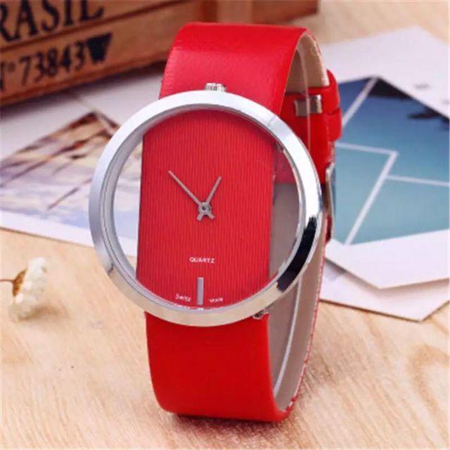 43☆シンプルイズベスト☆レディース腕時計 シースルー文字盤 レッドの通販