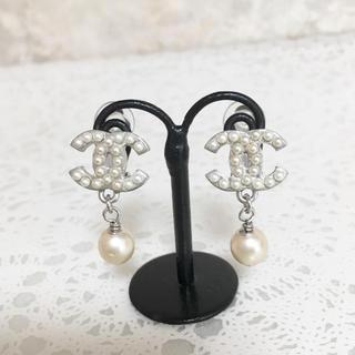 CHANEL - 正規品 シャネル イヤリング シルバー ココマーク パール スイング 真珠 ロゴ