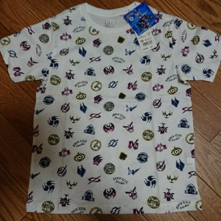 ユニクロ(UNIQLO)の仮面ライダージオウ×UNIQLOコラボTシャツ130cm白(特撮)