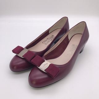 Ferragamo - 美品 Ferragamo フェラガモ パンプス 7 24cm 靴 赤 シンプル