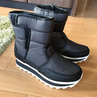 ベルシュカ(Bershka)の割引あり!定価¥6,990 Bershka23.0cm スノーブーツ(ブーツ)