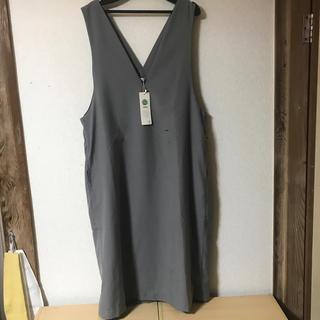 イッカ(ikka)のIラインジャンバースカート(ひざ丈ワンピース)