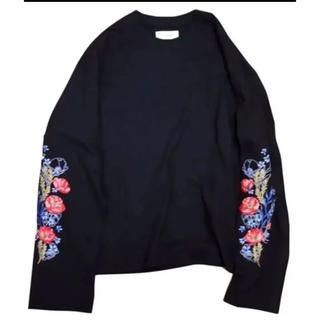 Jieda - jieda  flower embroideryTシャツ
