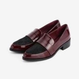 プラステ(PLST)の*新品* ポニー&エナメルローファー(ローファー/革靴)
