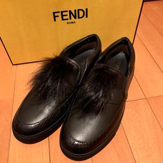 FENDI - 【新品未使用】FENDI フェンディ 高級レザー スリッポン【箱や付属品付き】