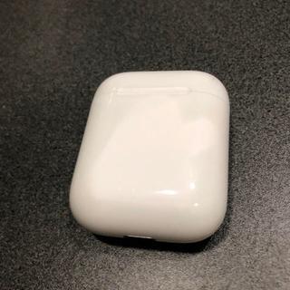 アップル(Apple)のエアーポッズ(ヘッドフォン/イヤフォン)