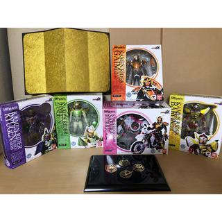 BANDAI - フィギュアーツ 仮面ライダー 鎧武 バロン 斬月 龍玄 バイク オマケ付き