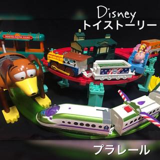 Takara Tomy - プラレール ディズニー トイストーリー ウッディー バズライトイヤー DXセット