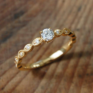 Avaron 「Leaf Basic Ring02」 一粒ダイヤリング