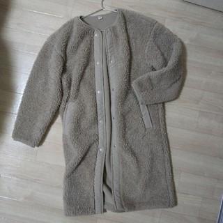 ユニクロ(UNIQLO)のボアノーカラーコート(毛皮/ファーコート)