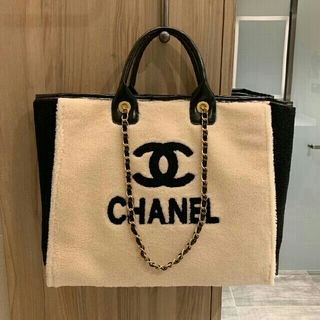 CHANEL - 2019秋の冬新作 大人気 手提げ袋クロスボディバッグ