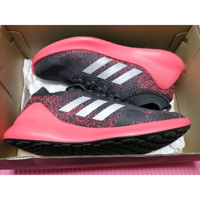 adidas(アディダス)のアディダス] purebounce ピュアバウンス 濃いグレー×ピンク メンズの靴/シューズ(スニーカー)の商品写真
