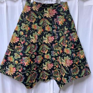 コムデギャルソン(COMME des GARCONS)のYUKI 着用 コムデギャルソン 花柄 ゴブラン 変形スカート YUKI着(ロングスカート)
