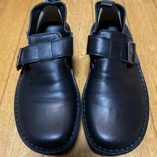 ベネビス 本革フットベッドベルトシューズ(ローファー/革靴)