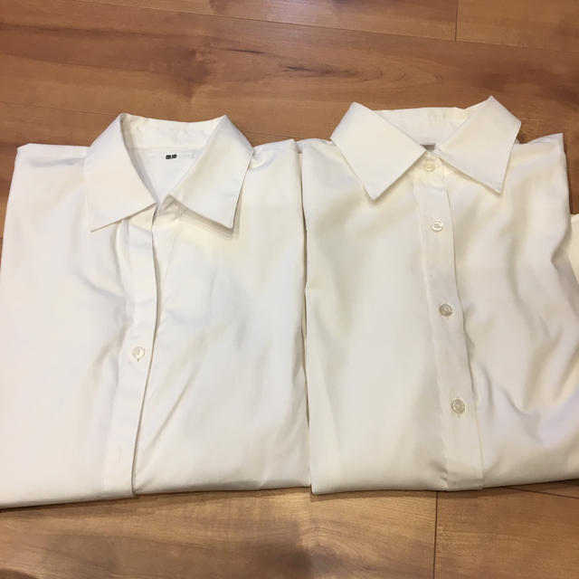 UNIQLO(ユニクロ)の白シャツ2枚 レディースのトップス(シャツ/ブラウス(長袖/七分))の商品写真