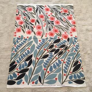 marimekko - マリメッコ LEHVA 生地幅145cm×100cm