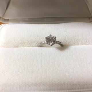 憧れの1カラット‼️ティファニー爪プラチナダイヤモンドリング(リング(指輪))