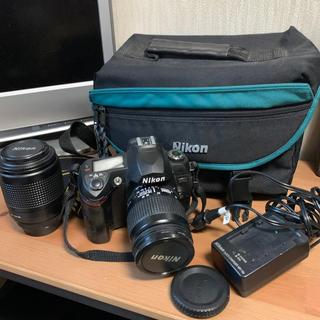 Nikon - Nikon 70s + 一般&望遠レンズ + チャージャー & ケース付き