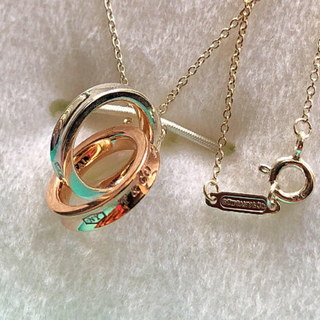 Tiffany & Co. - 美品tiffanyインターロッキングサークルネックレス