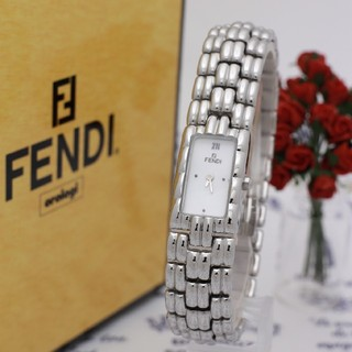 FENDI - 正規品【新品電池】FENDI 660L/人気モデル ブレスレット ホワイト