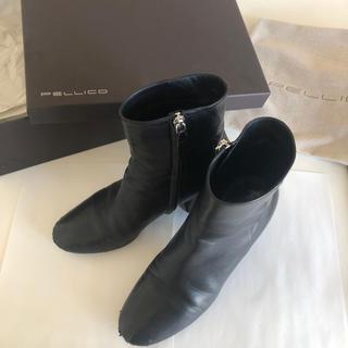 ペリーコ(PELLICO)のペリーコ ショートブーツ ブーツ 黒 ブラック VERO CUOIO (ブーティ)
