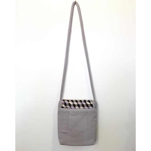 ㊄和柄バッグ ポシェットバッグ ショルダーバッグ  グレー レディースのバッグ(ショルダーバッグ)の商品写真