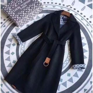 ルイヴィトン(LOUIS VUITTON)のルイ・ビトンのコート新品未使用です!!(ロングコート)