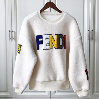 フェンディ(FENDI)の持ってませんか?(トレーナー/スウェット)