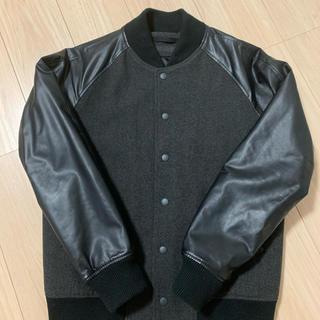 ユニクロ(UNIQLO)のジャケット(レザージャケット)