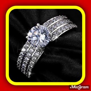 SWAROVSKI - ✨定価6580円✨★SWAROVSKI★ お洒落可愛い 指輪 ゴージャスリング