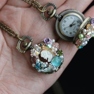 ジョンジーへの枯れ葉・ミニ懐中時計(ネックレス)
