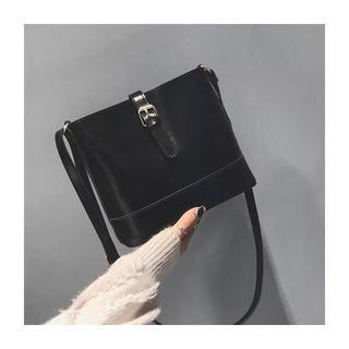 dholic - 新品 ショルダーバッグ 黒
