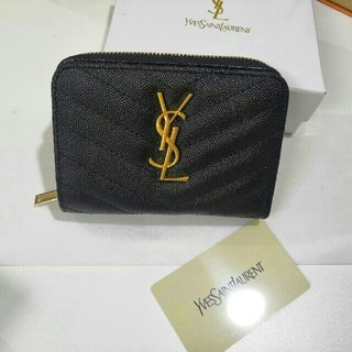 Yves Saint Laurent Beaute - <YSL> 折り財布 黒  ssa