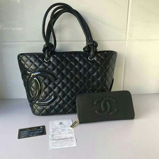 CHANEL - Chanel ショルダバッグ 2点セット財布