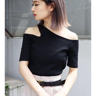 エモダ(EMODA)の新品 EMODAサイドネックTシャツ(カットソー(半袖/袖なし))